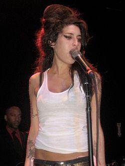 Amy_Winehouse_in_2007