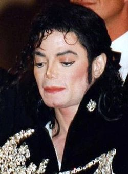 300px-Michael_Jackson_Cannescropped3